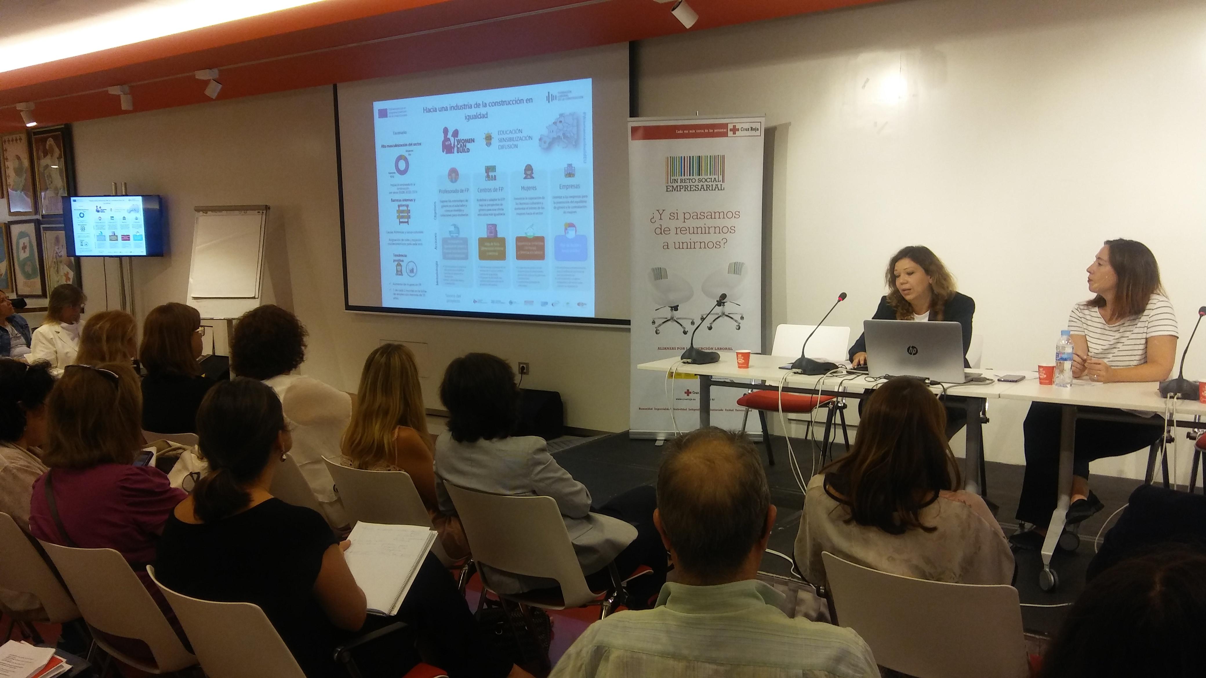 Women Can Build participa en la jornada conjunta entre la Fundación Laboral y Cruz Roja